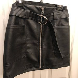 Topshop Faux Leather Skirt Sz 8